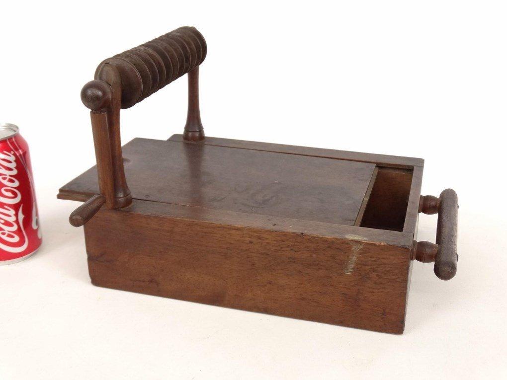 19th c. Shaker Tape Winder