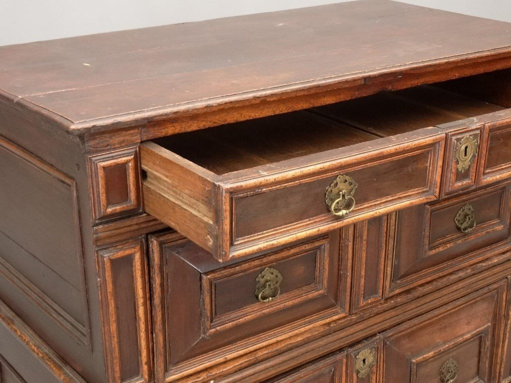 18th c. English Chest of Drawers - 3