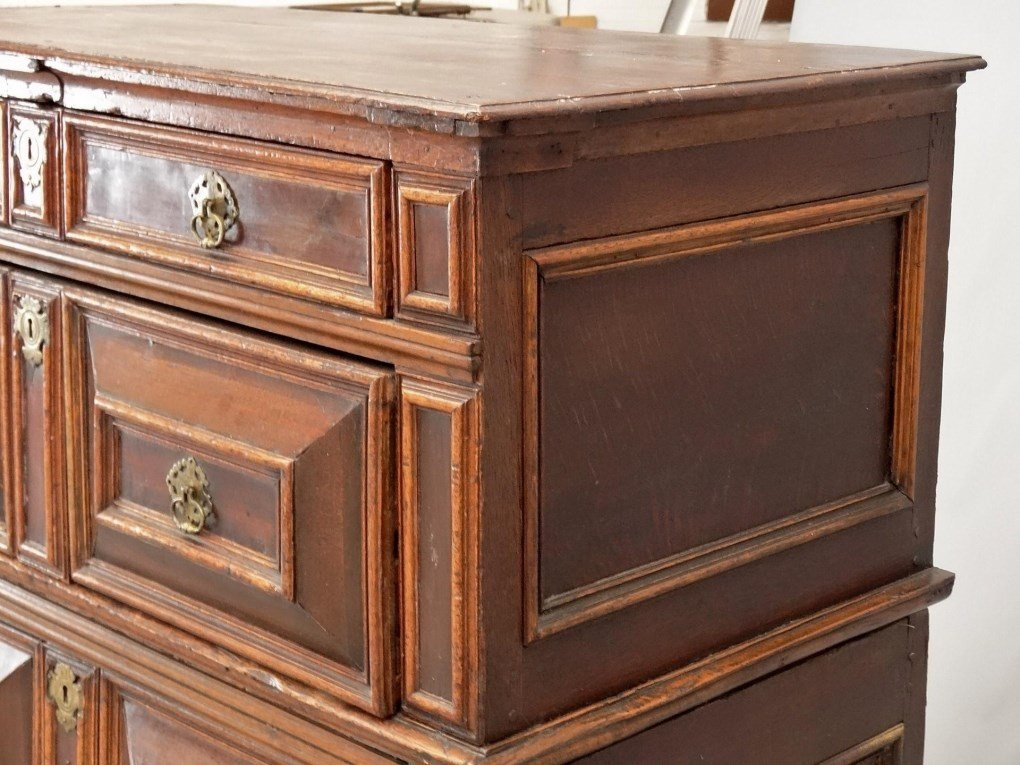 18th c. English Chest of Drawers - 5