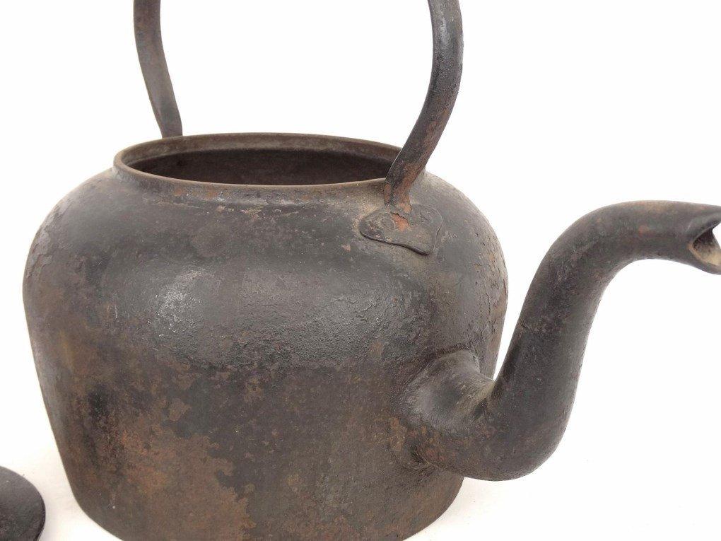 18th c. Gooseneck Teapot - 4