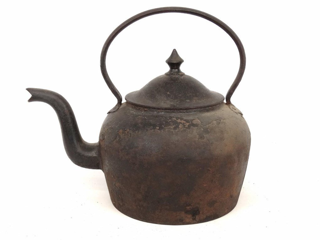 18th c. Gooseneck Teapot - 7