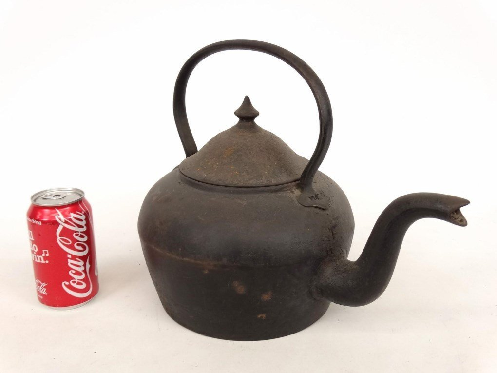 18th c. Gooseneck Teapot