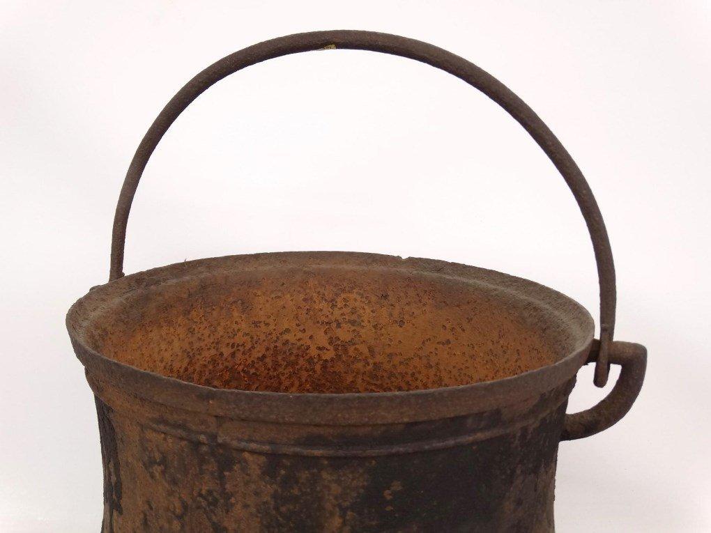 18th c. Swing Handle Pot - 3