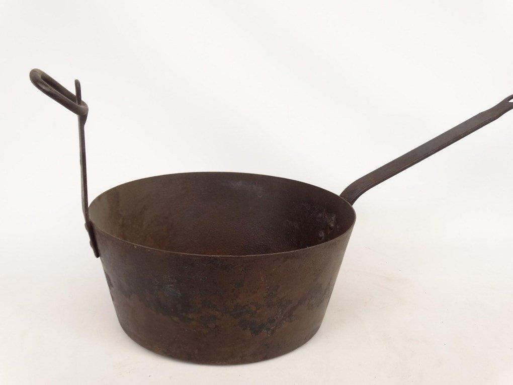 18th c. Tilting Fireplace Pot - 2