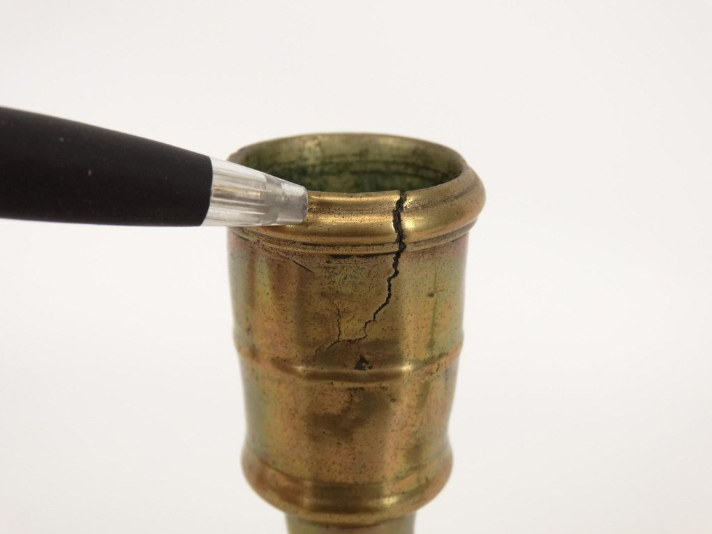 18th c. Brass Candlesticks - 4