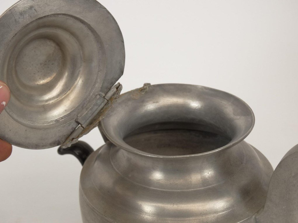 19th c. Pewter Teapots - 4