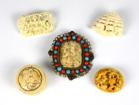 FOUR IVORY CARVED BROOCH WITH ONE IVORY BOX