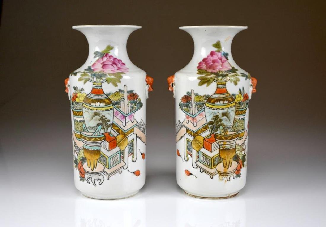 PAIR OF LATE QING ENAMEL PAINTED PORCELAIN VASES