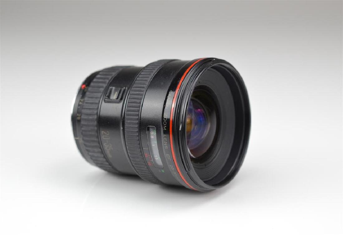 """Canon 20-35mm """"L""""  Zoom Wide Angle Lens"""