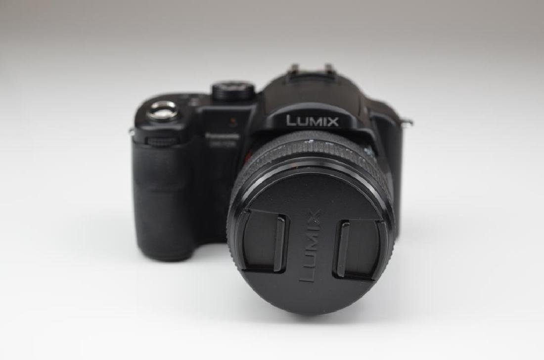 Panasonic Lumix 8MP DMC-FZ 30 Optical Zoom Camera - 2
