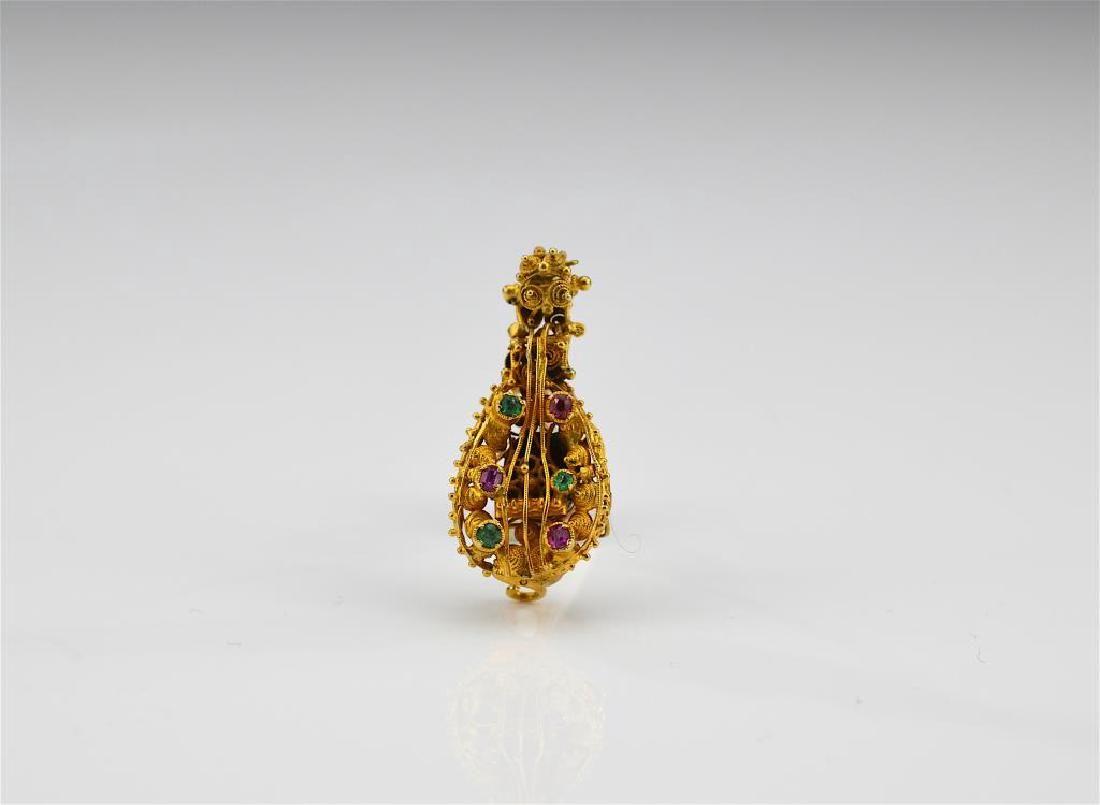 Antique Etruscan design gold memorial brooch