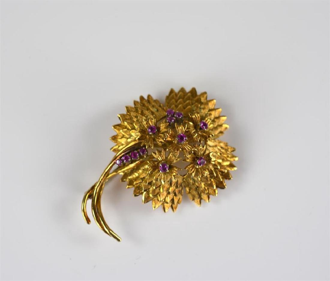 18k yellow gold and ruby floral brooch