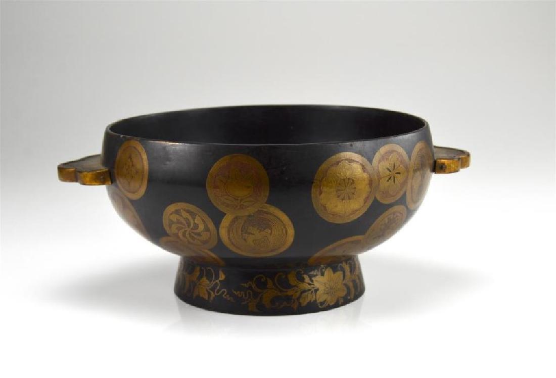 Japanese Meiji lacquer center bowl