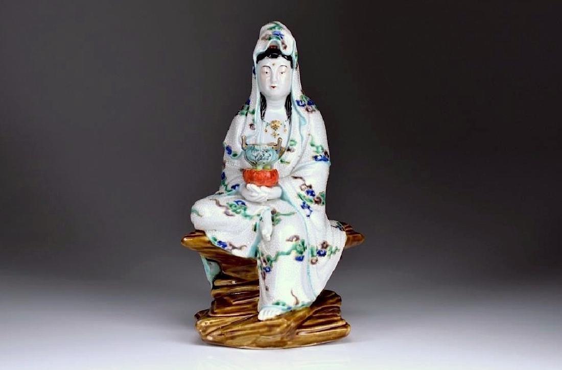 JAPANESE IMARI PORCELAIN KANON FIGURE