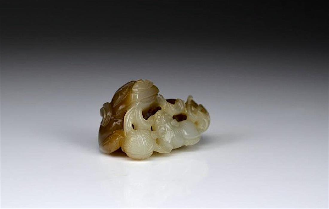 CHINESE JADE FU DOG CARVING