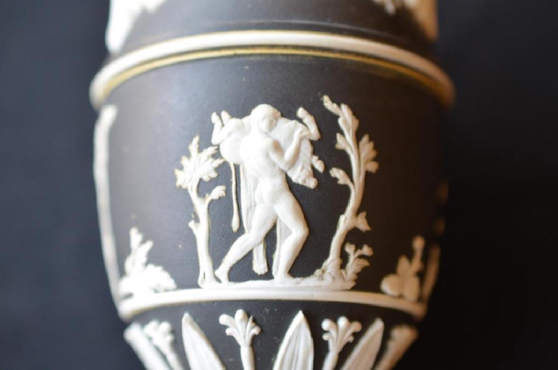 Two Wedgwood black basalt Jasperware covered vases - 9