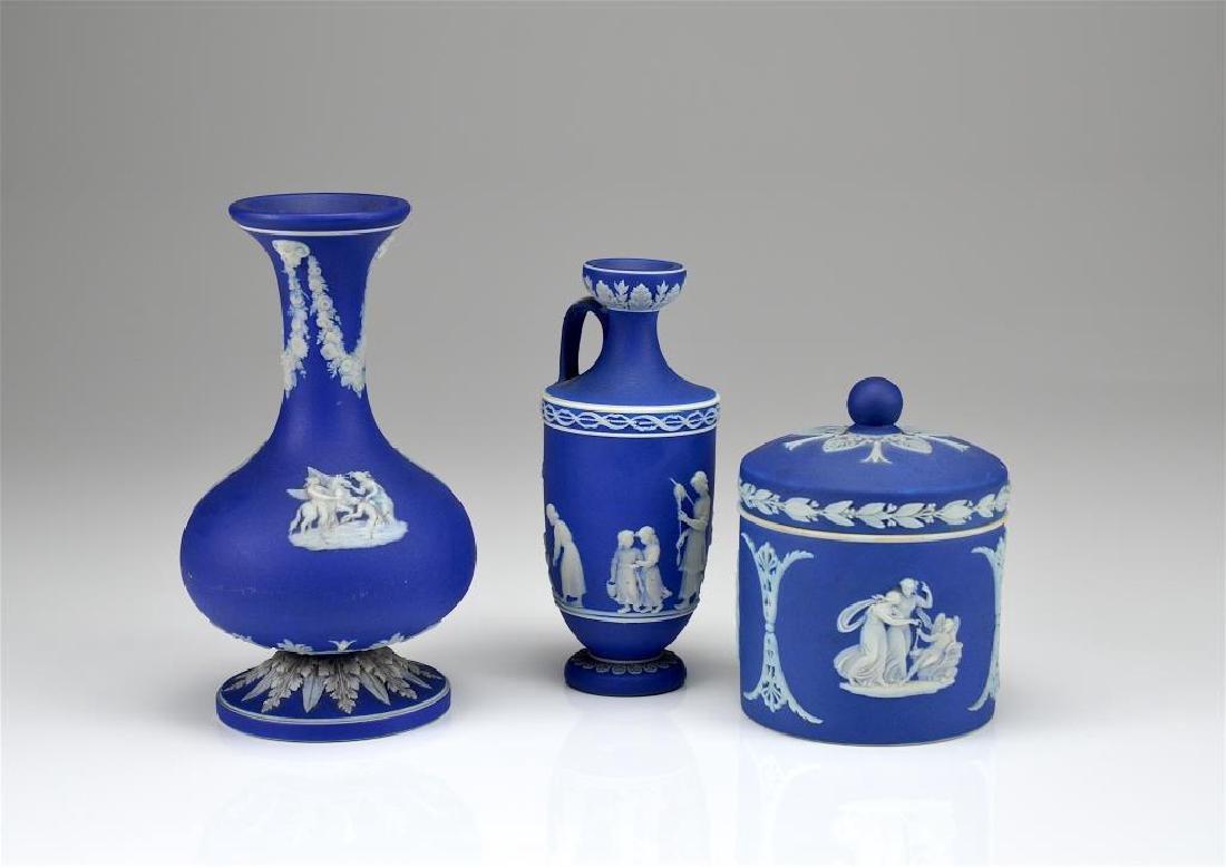 Three pieces of Wedgwood cobalt blue Jasperware