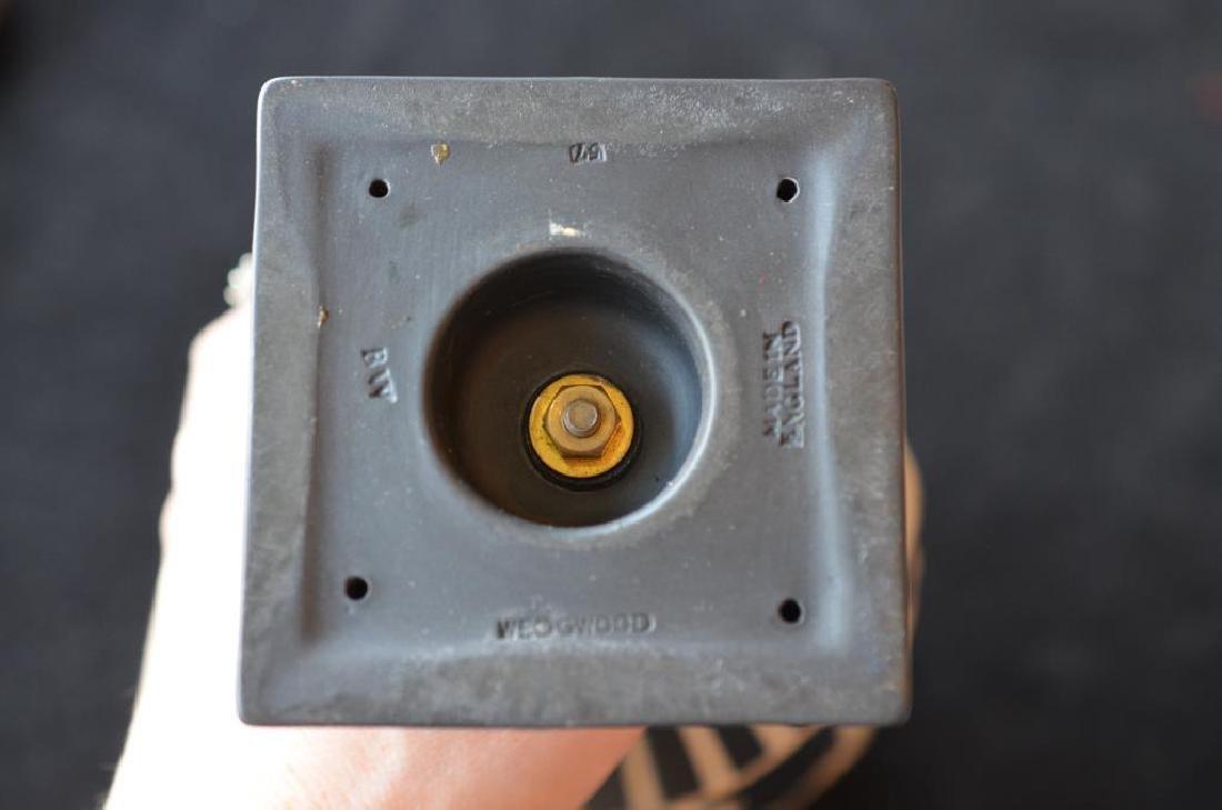 Wedgwood black basalt Jasperware covered vase - 10