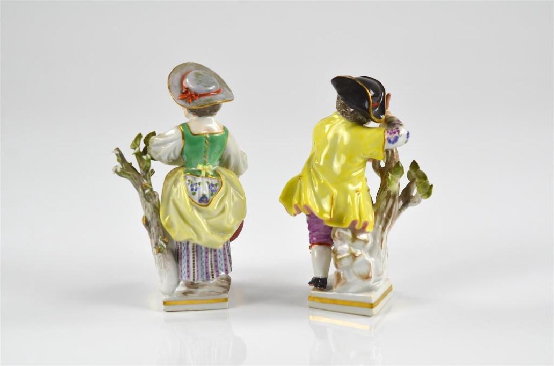 Pair of Meissen German porcelain figures - 2