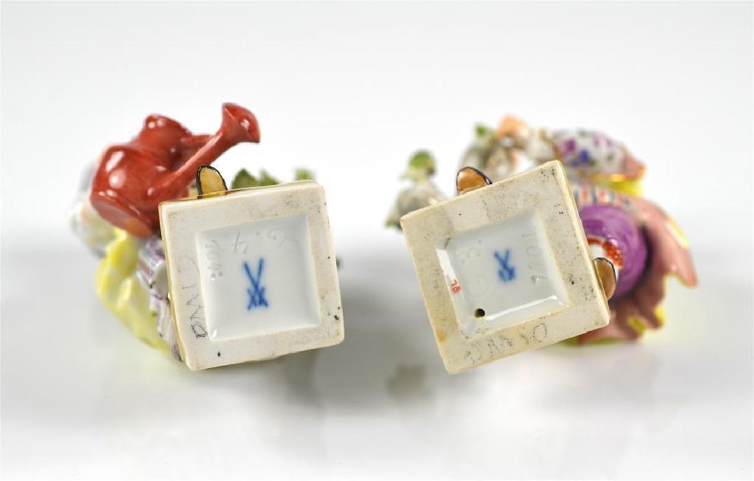 Pair of Meissen German porcelain figures - 3