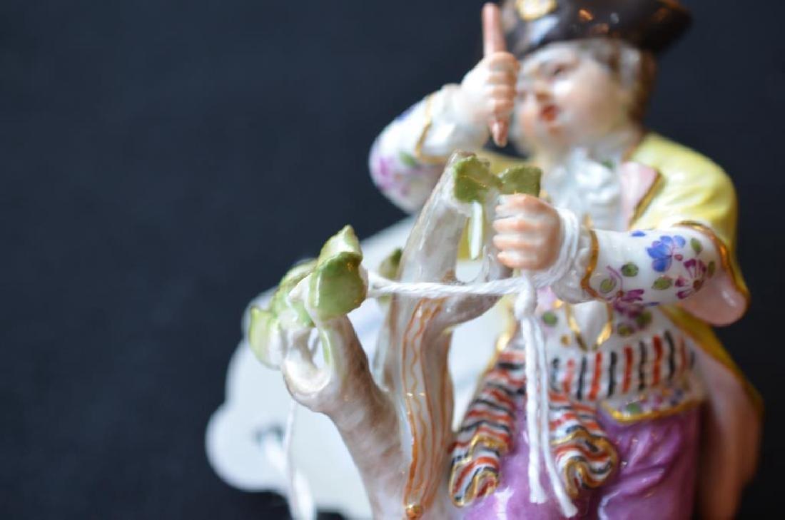 Pair of Meissen German porcelain figures - 4