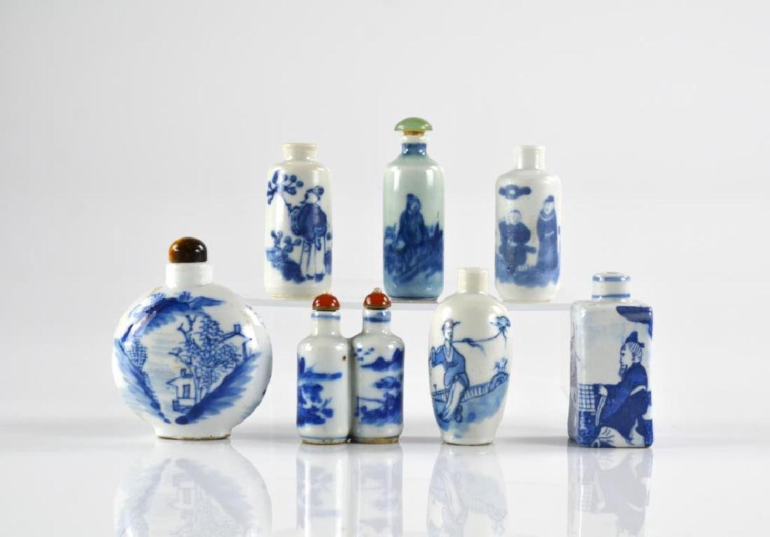 SEVEN CHINESE BLUE & WHITE PORCELAIN SNUFF BOTTLES