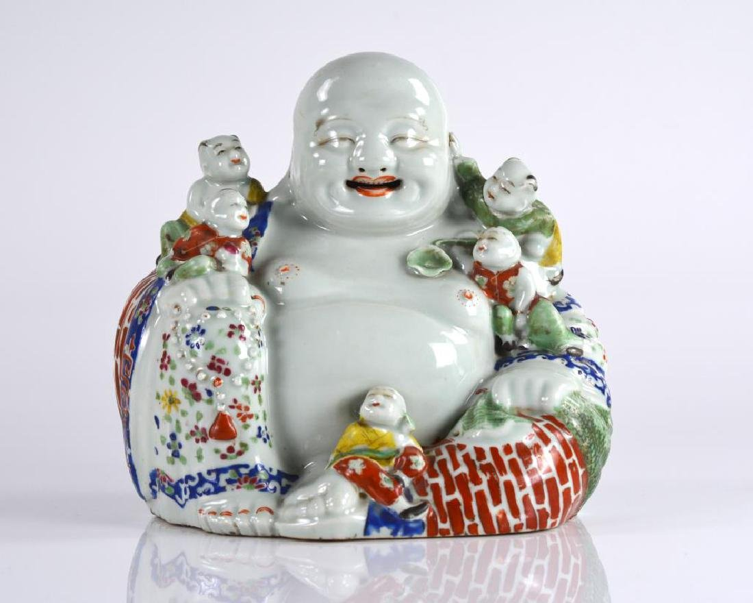 CHINESE FAMILLE ROSE PORCELAIN BUDDHA WITH KIDS