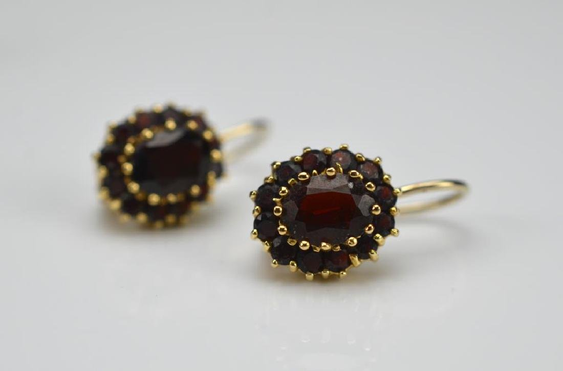 Pair of gold & garnet earrings and garnet pendant - 3