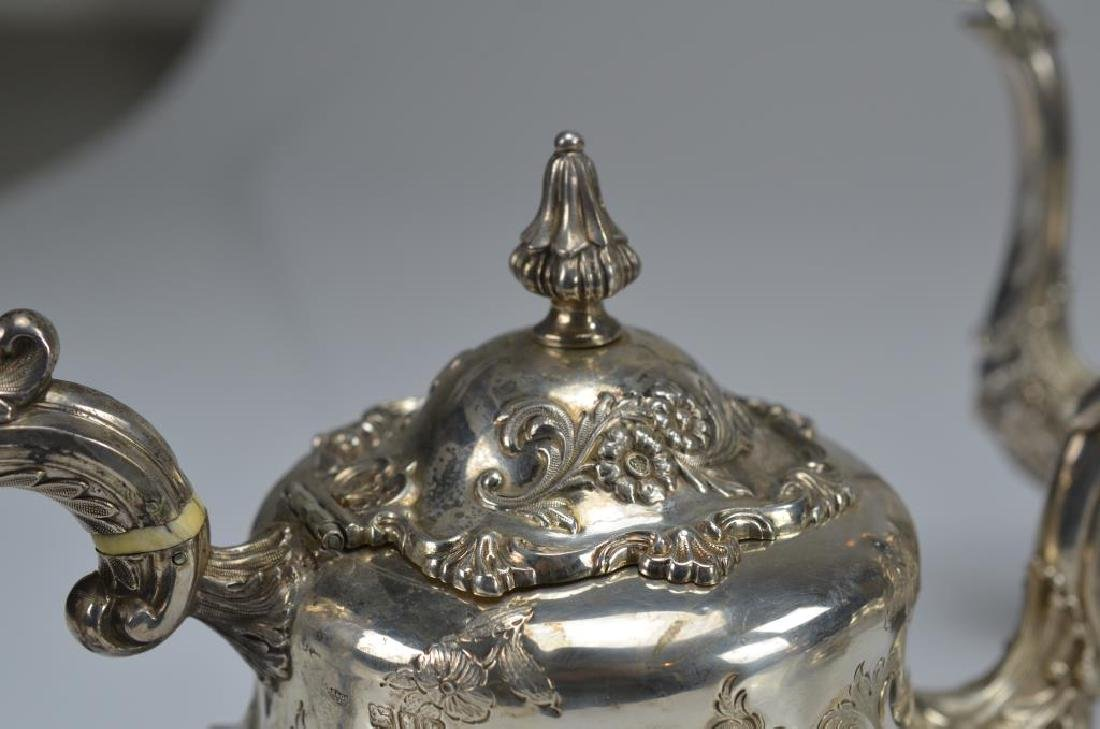 Victorian style English silver tea and coffee set - 6