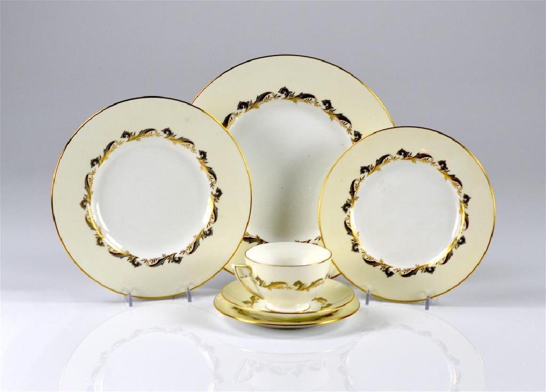 60 pcs of Minton Gold Laurentian dinnerware