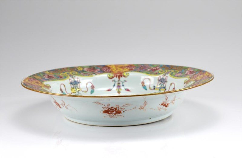 LARGE CHINESE EXPORT FAMILLE ROSE PORCELAIN BASIN - 3