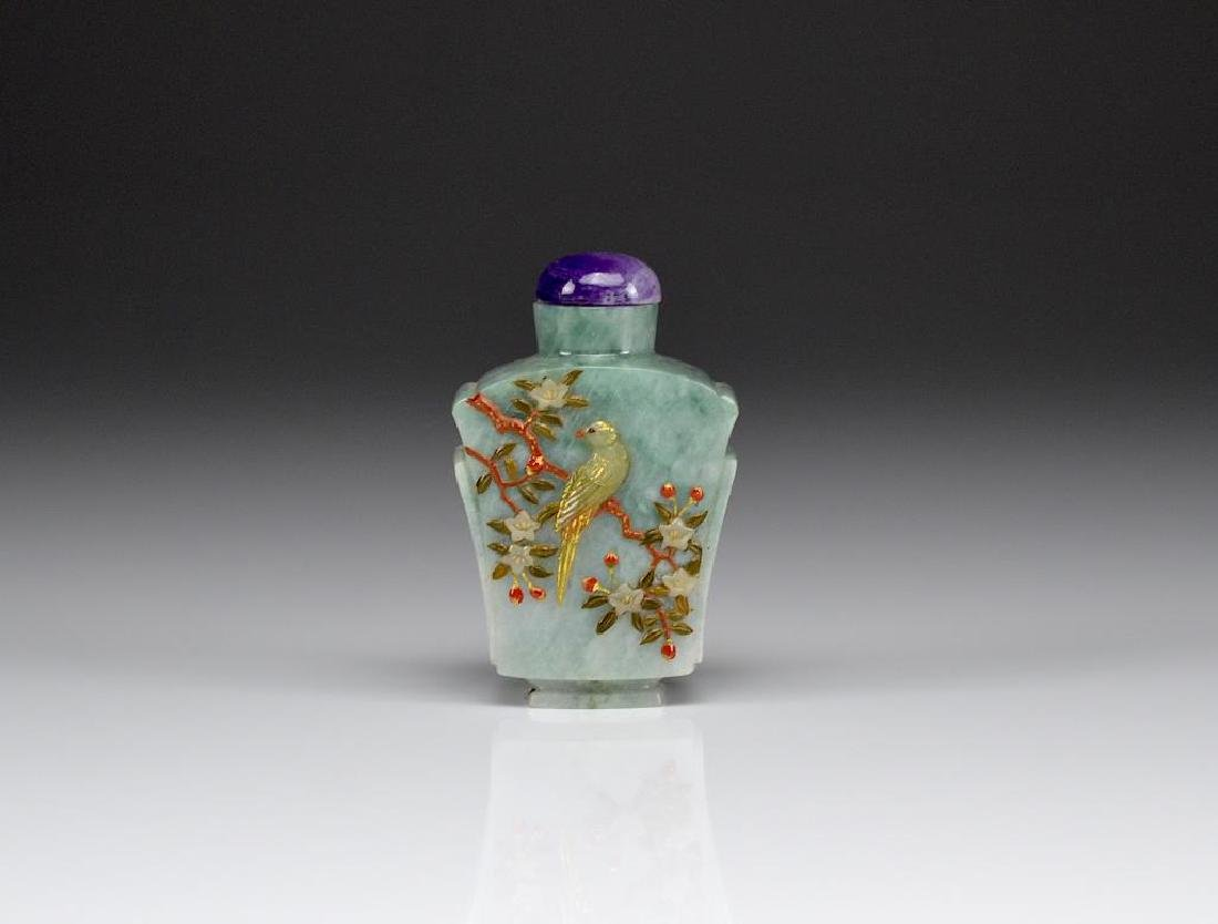 CHINESE GREEN JADE CARVED SNUFF BOTTLE
