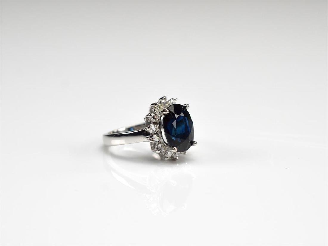 SAPPHIRE AND DIAMOND GOLD RING - 2
