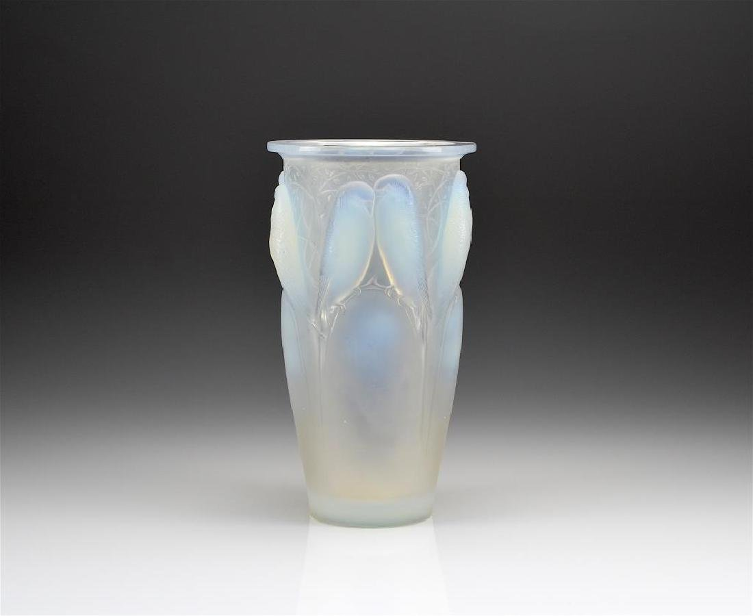 R. LALIQUE ART DECO OPALESCENT GLASS VASE
