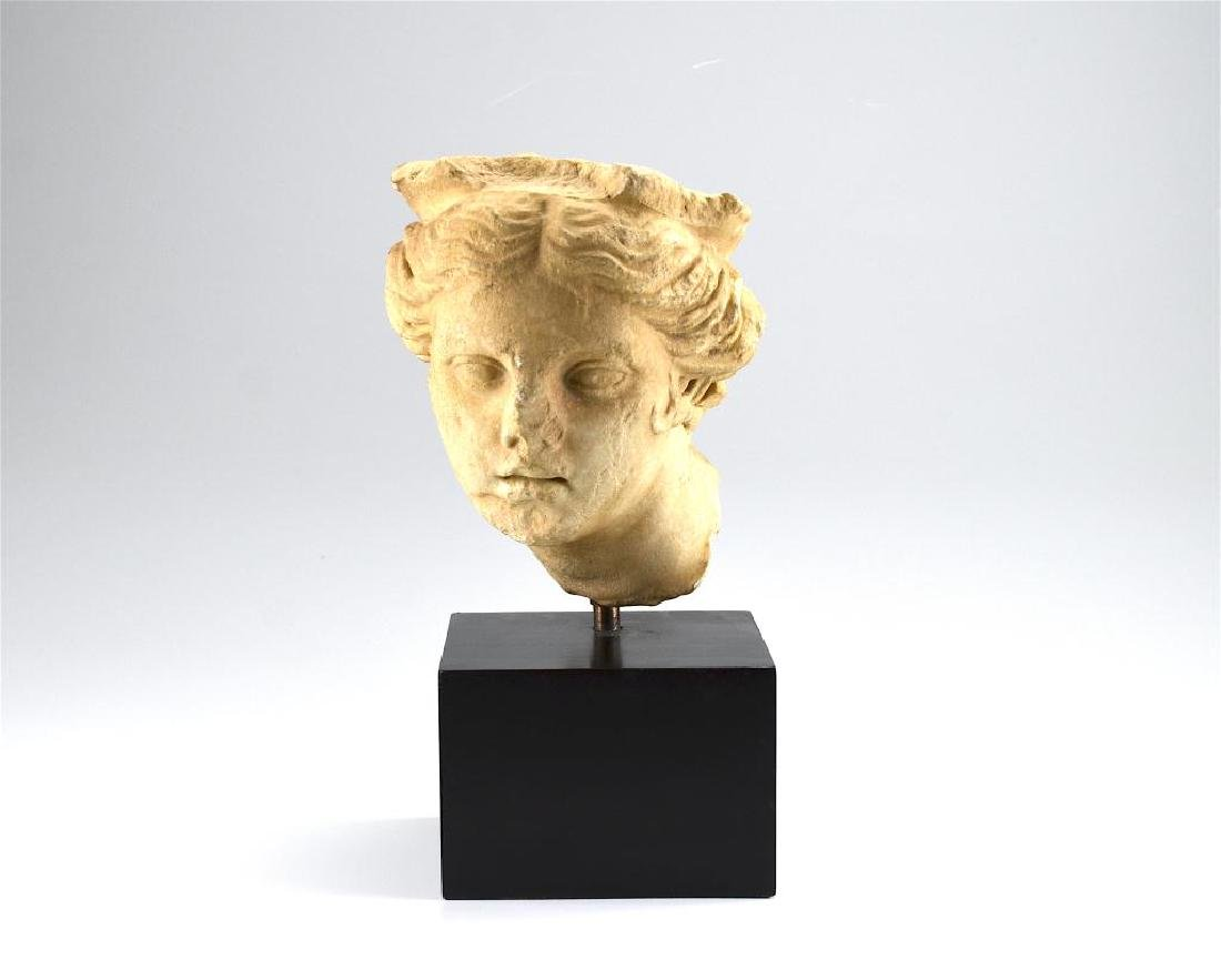 ANCIENT ROMAN MARBLE HEAD OF A GODDESS