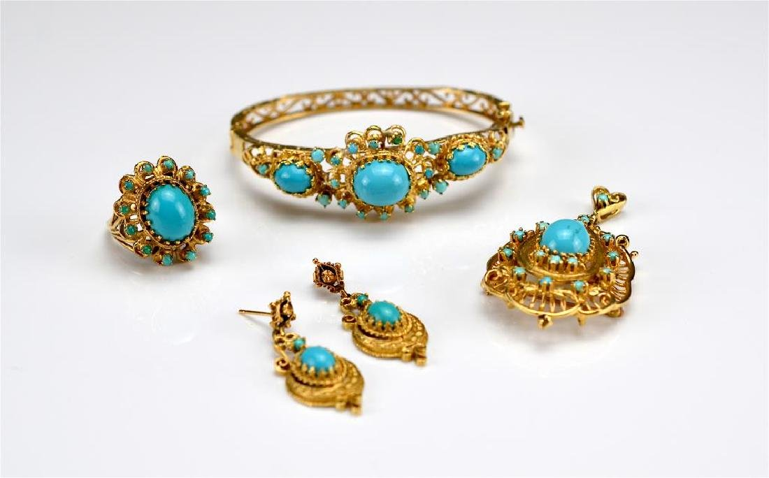 Yellow gold and turquoise suite