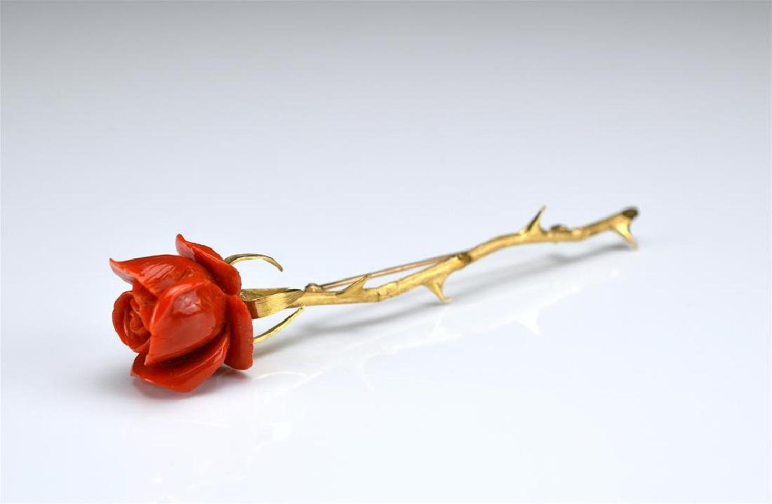Vintage yellow gold and coral bar brooch