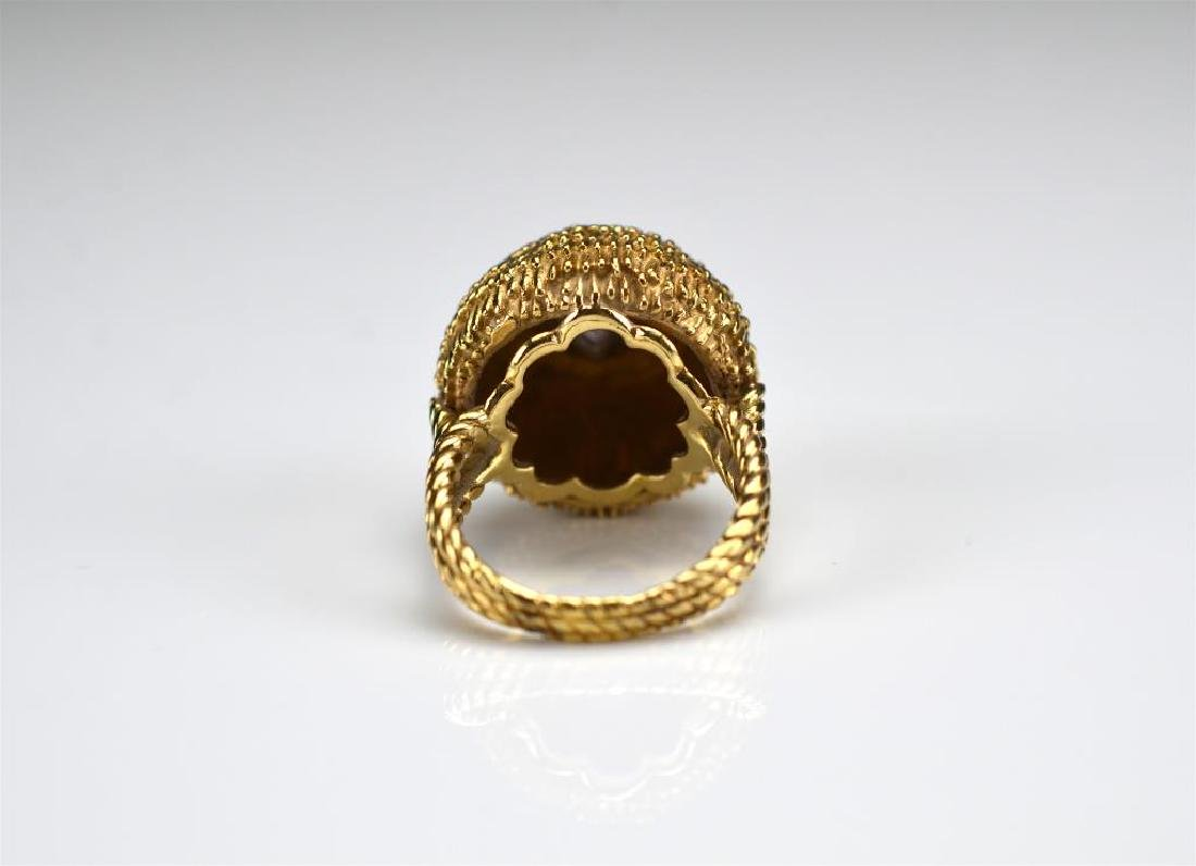 Vintage yellow gold domed ring - 2
