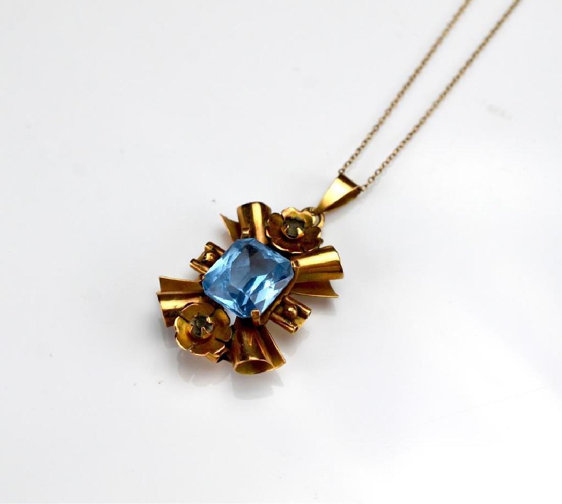 Vintage mixed gold pendant