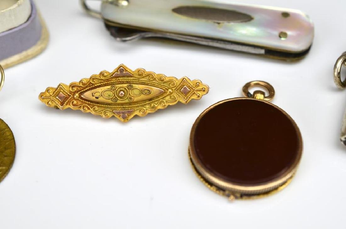Lot of antique jewellery and accessories - 2