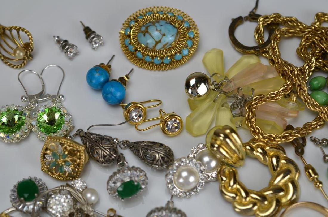 Large lot of costume and silver jewellery - 4
