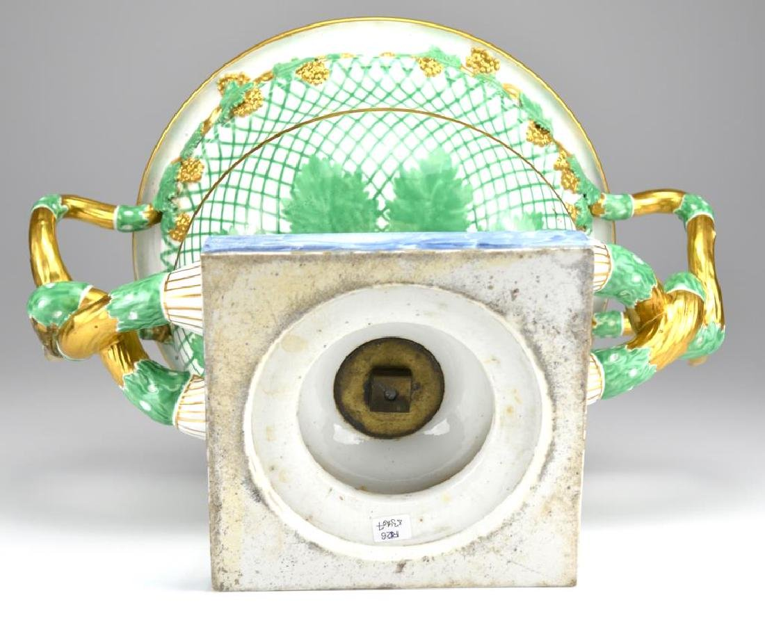 19th C English porcelain campagna form urn - 3