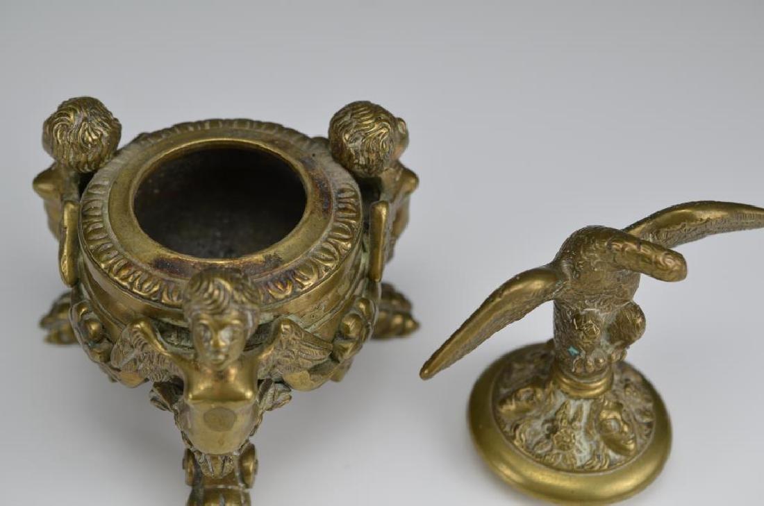 Two decorative bronze accessories - 3