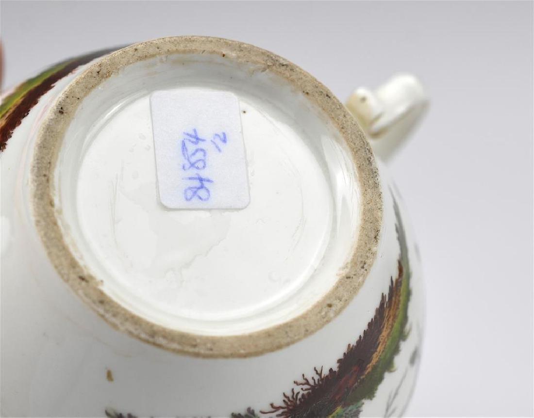 Two Continental porcelain teapots - 8
