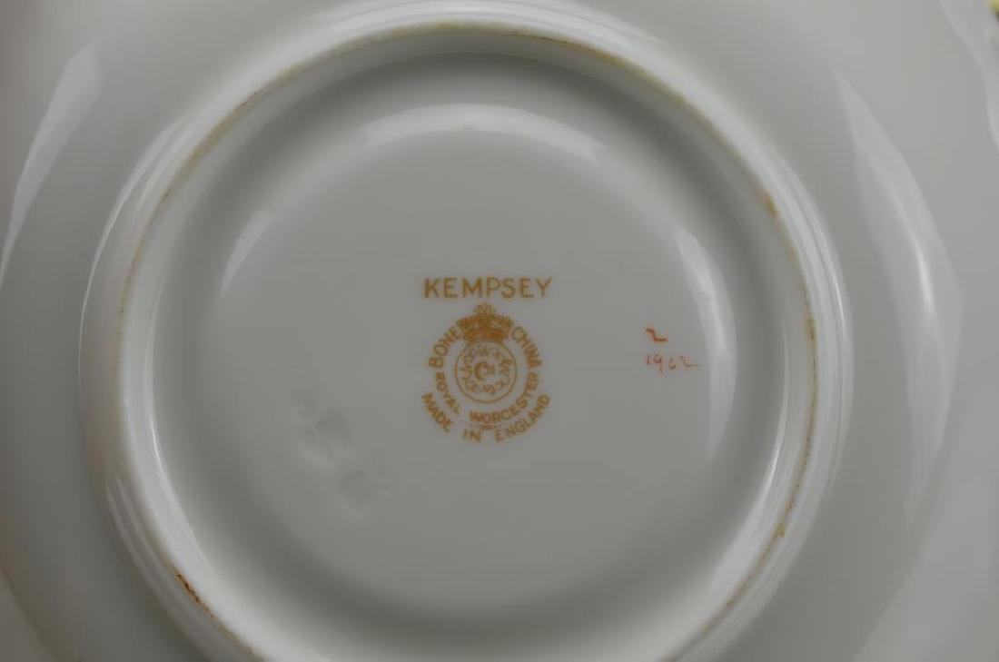 Lot of Royal Worcester Kempsey porcelain - 2