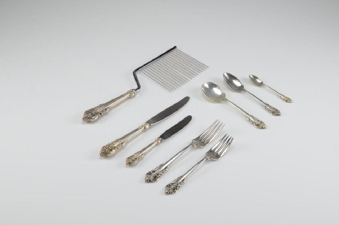 43 pcs of Wallace Grand Baroque silver flatware