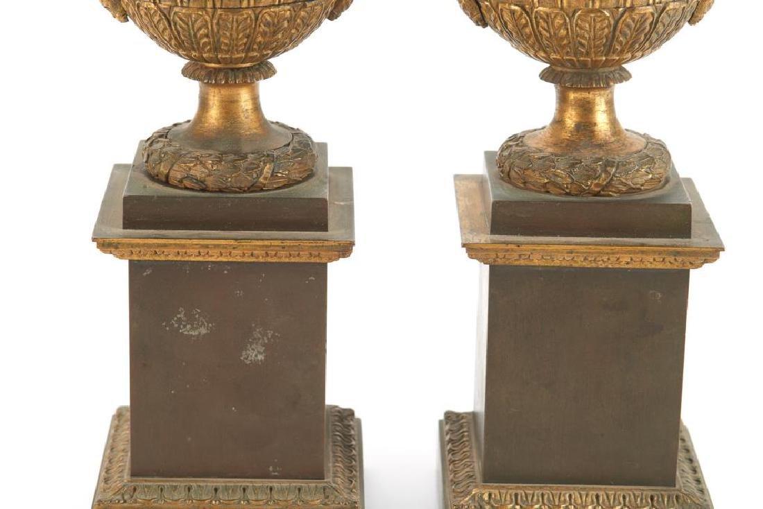Pair of bronze urn garnitures - 3
