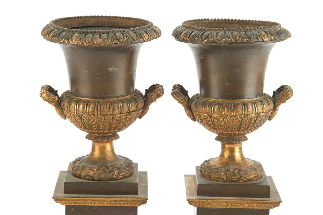 Pair of bronze urn garnitures - 4