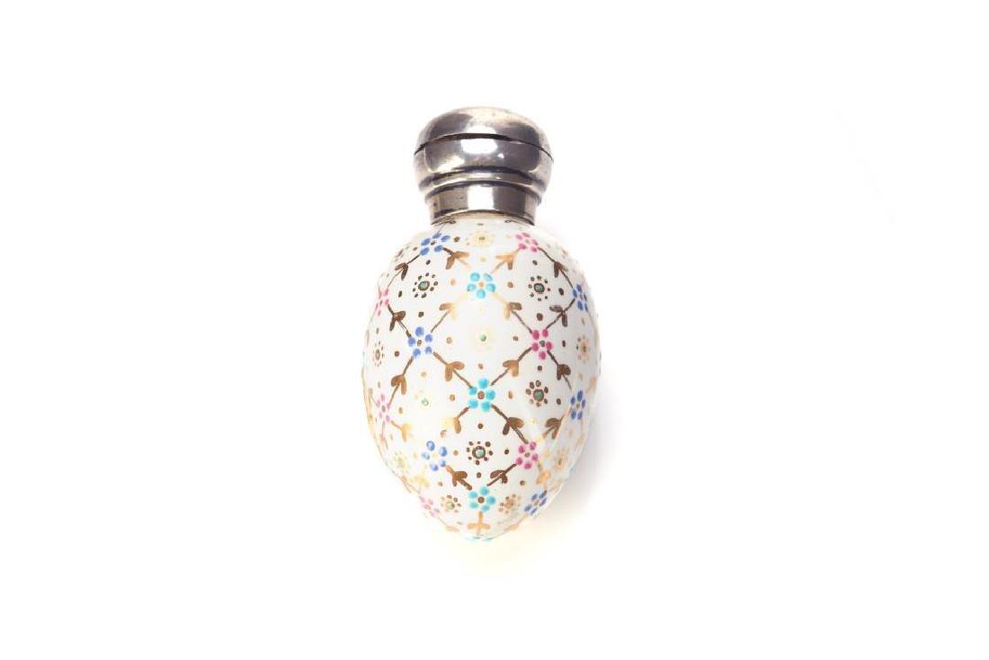 Victorian English porcelain egg form scent bottle