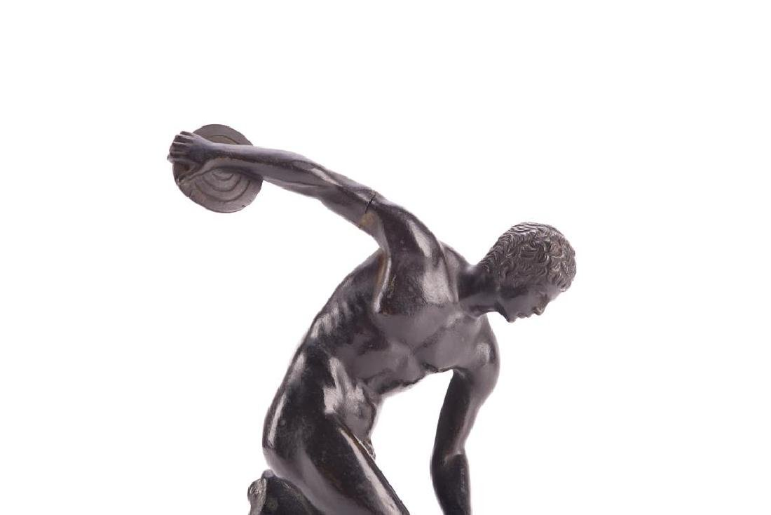 Patinated bronze sculpture of a nude male - 3